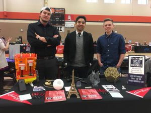 Roosevelt High School (Des Moines, IA) - College Fair